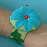 wrist_pincushion_blue